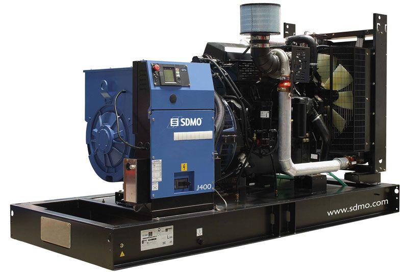 Трехфазная дизельная электростанция J400K.